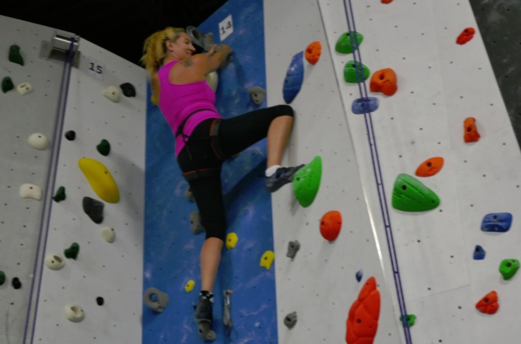 Raymi the Minx rock climbing at Hub Climbing in Markham - 15 Aug 2018